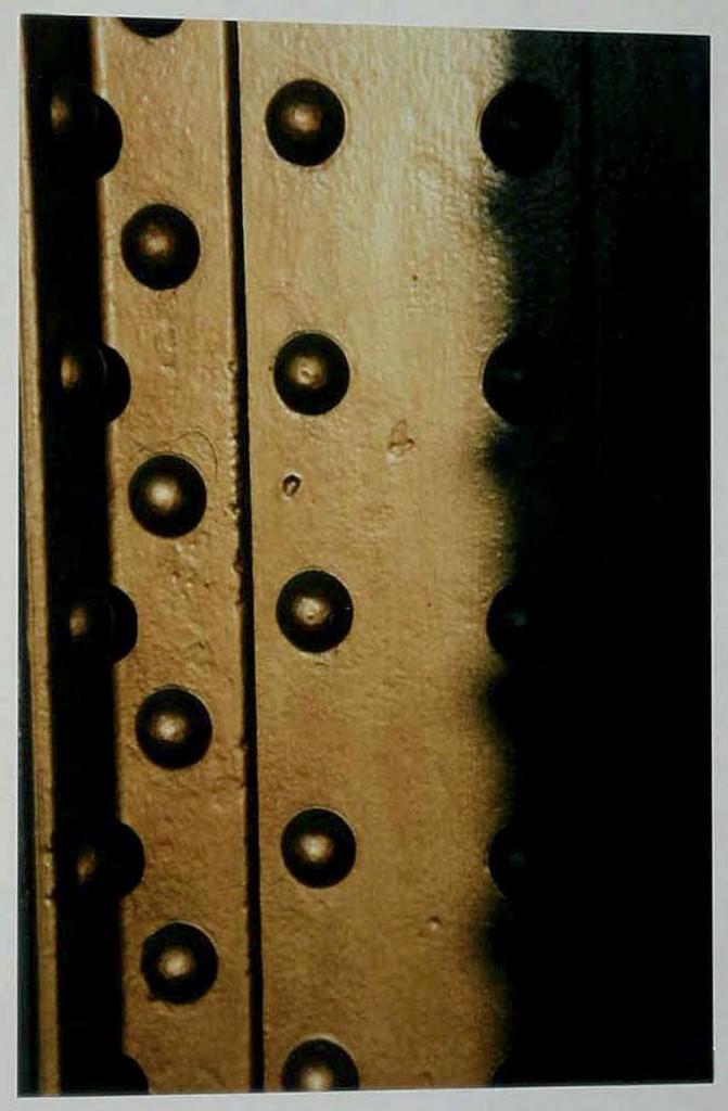 """""""Säulen II"""" Serie Lichtfang-Schattenfang """"Mouvements constructives"""" (#21) 1999"""